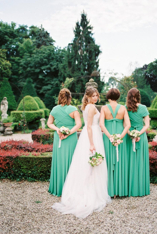 darya kamalova thecablookfotolab fine art film fhotographer in italy destination wedding como lake villa regina teodolinda villa pisani scalabrin-425